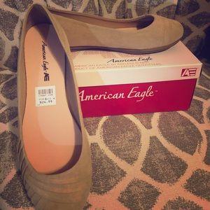 American Eagle flats